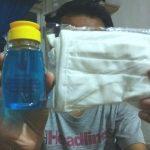 Hand sanitizer dan masker untuk anggota AJI di Bandar Lampung.